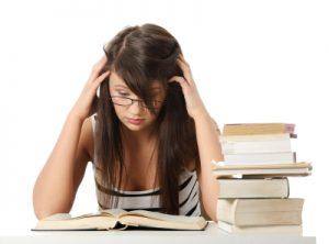 Fases sueño_mujer estudiando